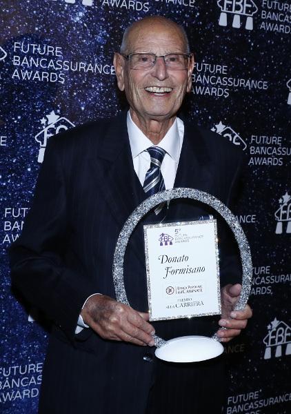 Un premio alla carriera per il Presidente Formisano